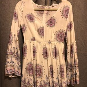 Dresses & Skirts - Bell sleeve dress